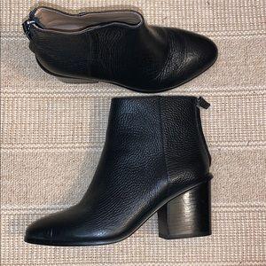 Banana Republic Black Pebble Leather Boots 6